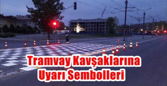 Tramvay kavşaklarına uyarı sembolleri