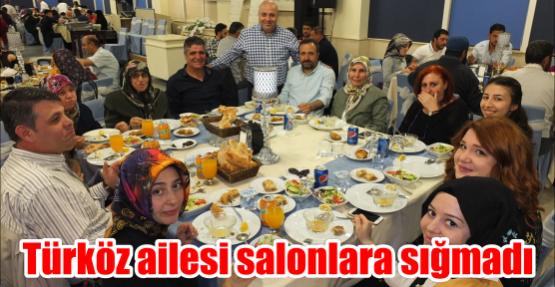 Türköz ailesi salonlara sığmadı