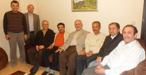 Umre'den dönen Naci Kara'ya ev ziyareti