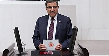 "ŞEKER: ""YHT PAZARTESİ'NDEN İTİBAREN İZMİT'TE DURACAK"""