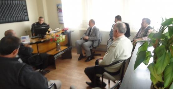 Yaşar Canbay Sanayi Esnaf Başkanını ziyaret etti