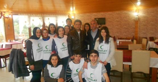 Yeşilay Gençlik Kulübünden Kahvaltılı Toplantı
