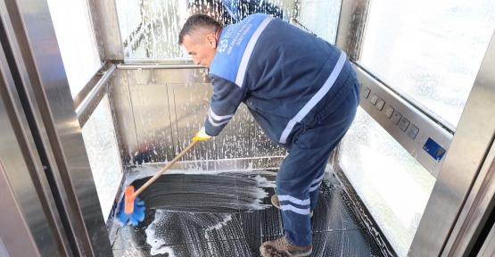 Yaya Köprülerindeki Asansörler Düzenli Olarak Temizleniyor
