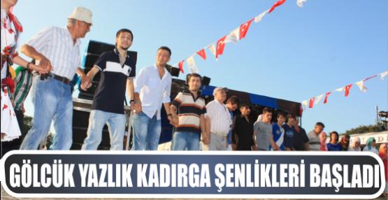 Ellibeş, Vatandaşlarla Horon tepti