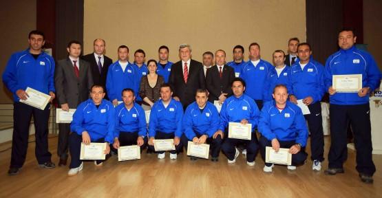 Spor Okulları Türkiye'ye örnek