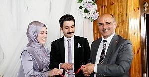 Metin Dan , Kızını Nişanladı