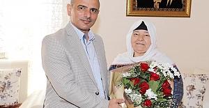 Başkan Söğüt Annesini Unutmadı